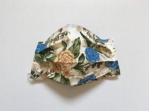 Bavlnené rúško s modrými kvetmi