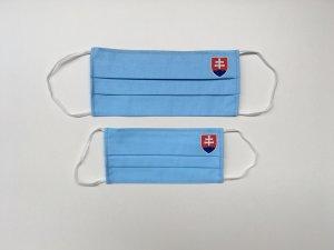 Svetlomodré rúško so slovenským znakom